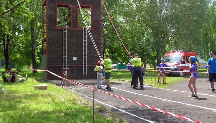 3. kolo SSHL v60-kách avýstup na hasičskú vežu vPúchove