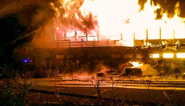 FOTO: V Belušských Slatinách horel hotel