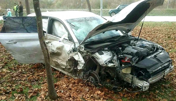 FOTO: Nehoda dvoch áut pri Nimnici, cesta bola neprejazdná