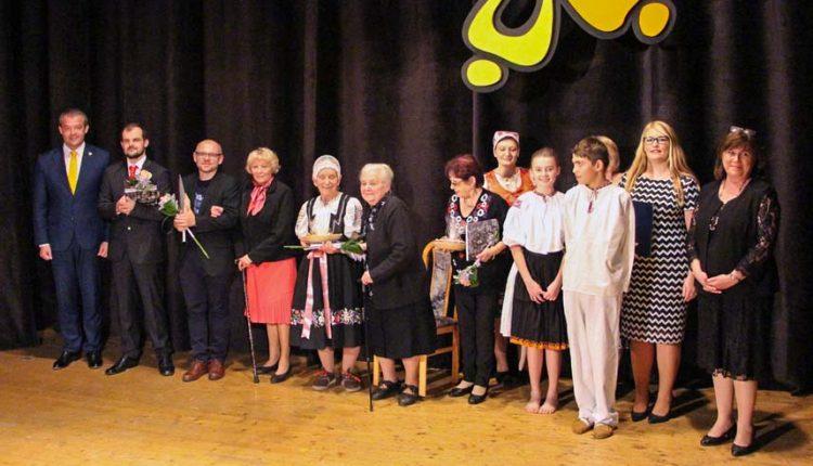 Múzy spojili regionálnych umelcov, ocenenie si prevzalo 11 jednotlivcov a 5 kolektívov
