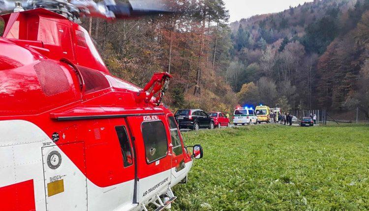 FOTO: Čelná zrážka, zasahoval aj vrtuľník
