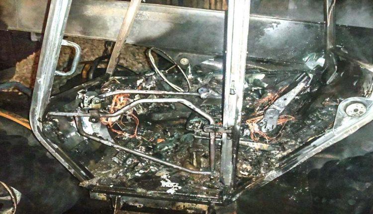 FOTO: Požiar v areáli miestnej firmy v Beluši