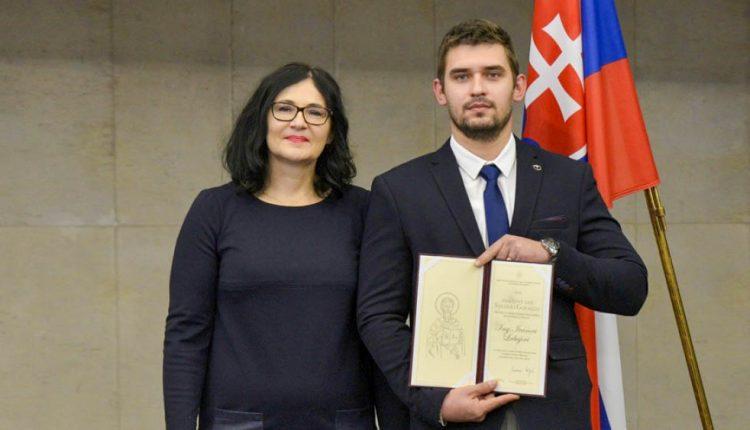 Ocenenie od ministerky školstva putovalo na FPT do Púchova