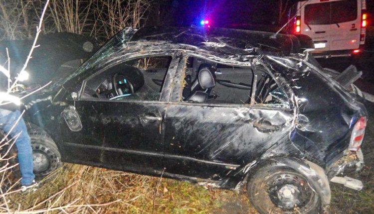 FOTO: Nehoda pri Púchove, 22-ročný vodič poriadne nafúkal