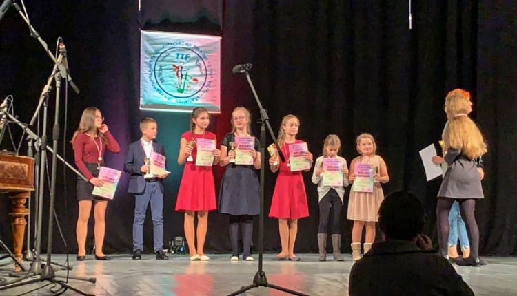 Prvé miesta z medzinárodného súťažného festivalu získali žiaci ZUŠ Púchov