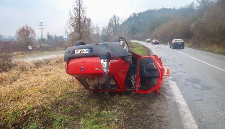 FOTO: Dopravná nehoda pri obci Streženice