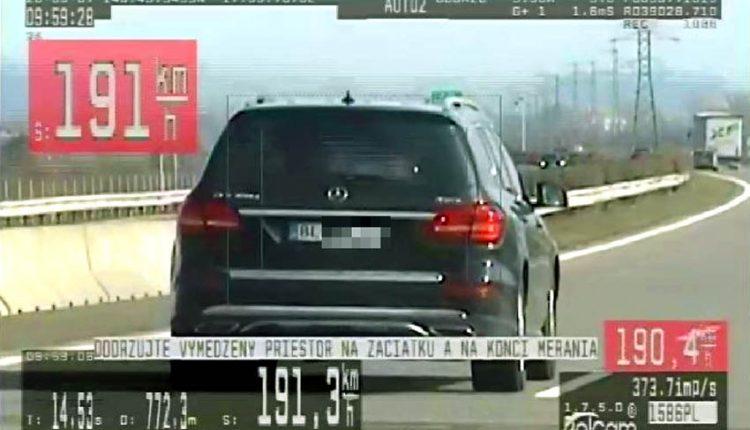 FOTO: Na Mercedese prekročil rýchlosť, dostal mastnú pokutu