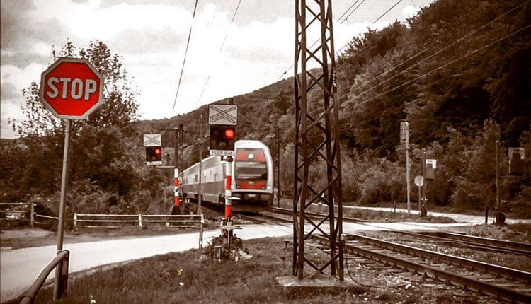 Ďalšie nešťastie na železnici, vlak zrazil ženu