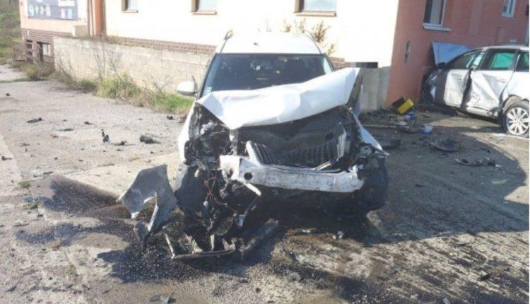 FOTO: Dopravná nehoda v obci Beluša