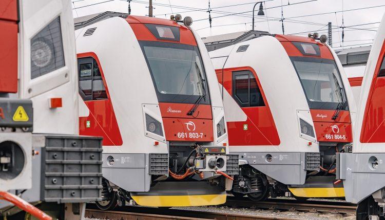 V  žilinskom a trenčianskom regióne už začína jazdiť 10 nových elektrických vlakov Panter