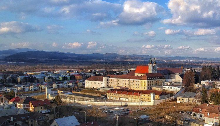 Hradné väznice – dávna minulosť či absurdita súčasnosti?