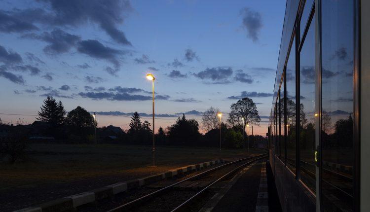 Prechod na letný čas sa dotkne dvoch vlakov