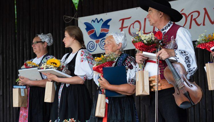 Na Folkórnej Lysej si ocenenia prevzali skupiny Púchovskej doliny