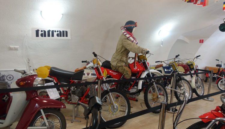 Historickú éru považskobystrickej motocyklistiky priblíži župné múzeum